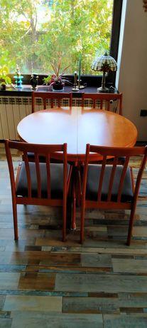 Drewniany stół + 4 krzesła + stolik kawowy