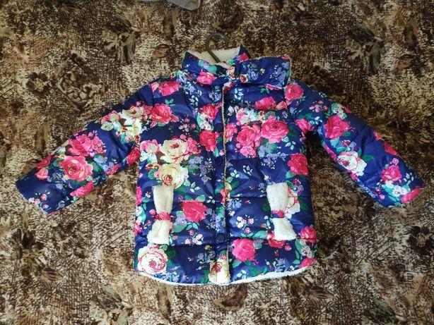 Деми курточка 4-5 лет