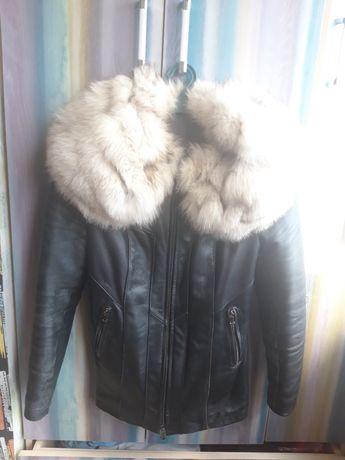 Куртка зимова шкіряна з натуральним хутром
