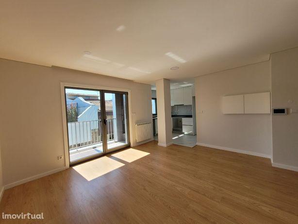 Apartamentos T2, novos, em Frossos