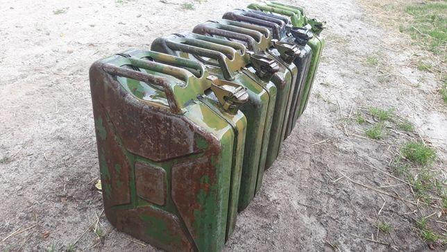 Karnister Metalowy na Paliwo 20 litrów