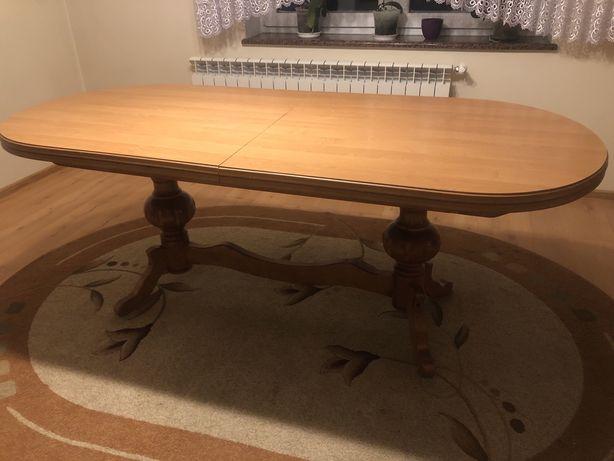 Stół do jadalni drewniany bukowy