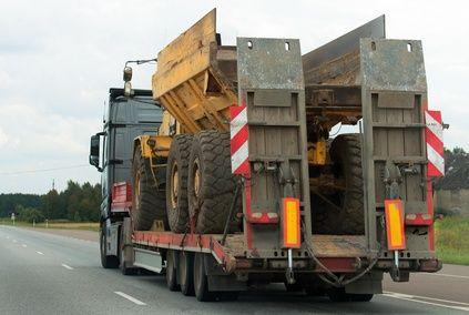 Transport niskopodwoziowy maszyn gabryt plandeka mega bus EUROPA