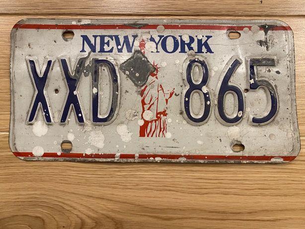 Stara tablica rejestracyjna New York