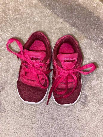 Sapatilhas Adidas,cor de rosa, de criança (tamanho 19)