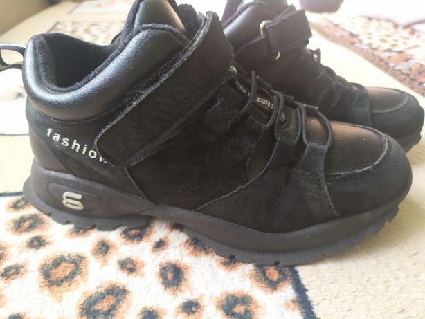 Демисезонный ботинок р. 36
