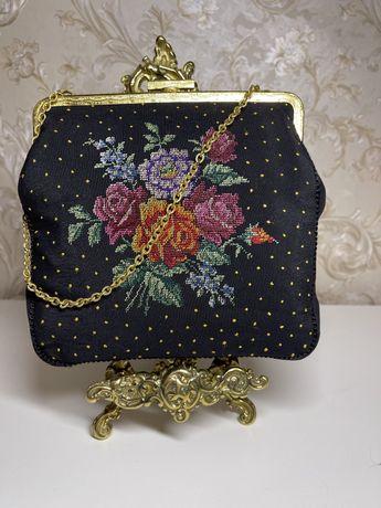 Винтажная редкая сумка с вышивкой