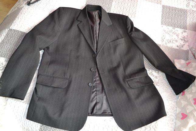 garnitur męski rozmiar 182/58 spodnie, kamizelka i marynarka używany