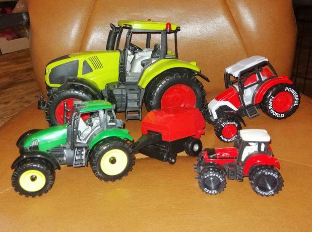 Zabawki traktorki, małe i duże