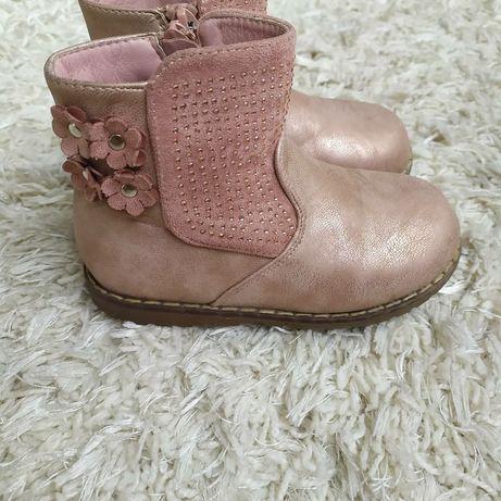 Ботинки утеплённые холодная осень-теплая зима