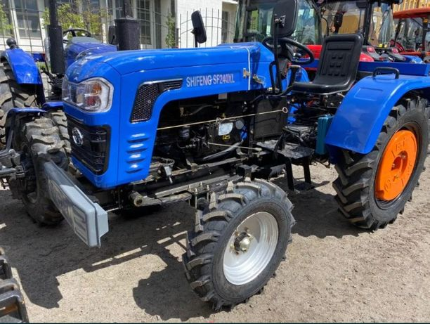 Мінітрактор Шифенг 240 на великих колесах 9.5-24, трактор Shifeng 240