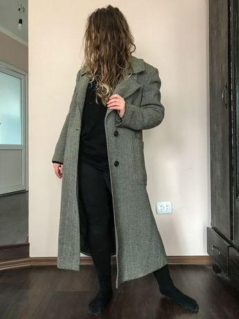 Пальто пряме сіре довге