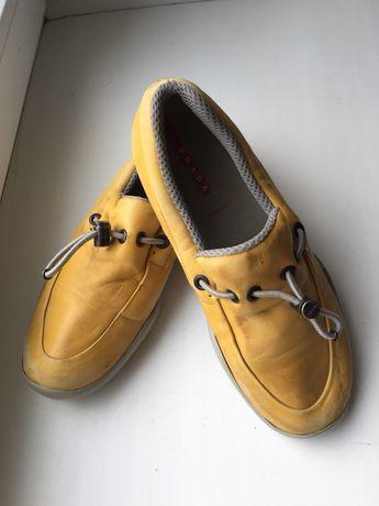 Туфли на мальчика Prada р. 33