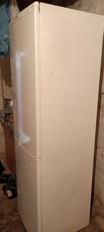 Холодильник Siemens No Frost 330 L