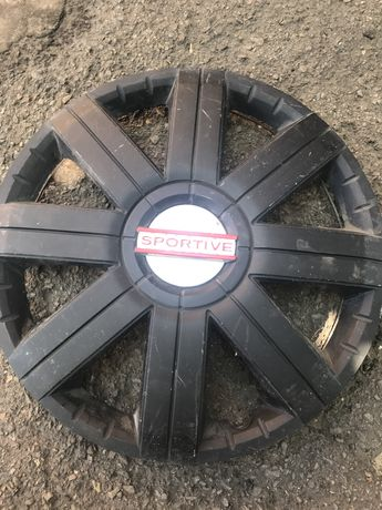 Продам колпаки для колес R15