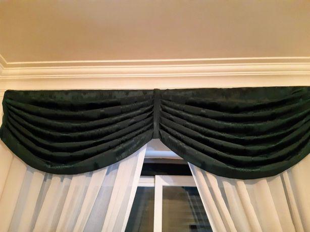 2 sanefas+4 partes laterias cortinas verde escuro(excelente estado)