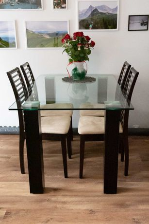 Stół szklany, prostokątny