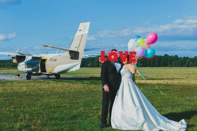 Szczęśliwa Suknia ślubna Pronovias Barcaza 42 Mikado Barcelona