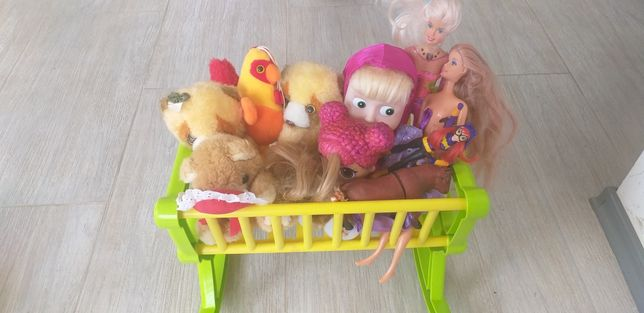Продам кроватку для кукол 350 руб