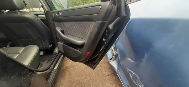 Audi A6 C5 drzwi prawe tył kompletne kombi avant