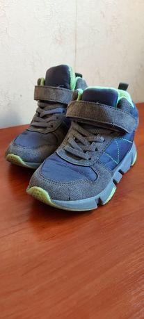 Демисезонные ботинки р.30
