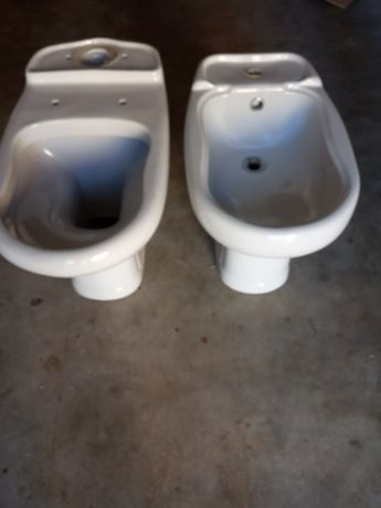 Louça Sanitária - bidet + sanita