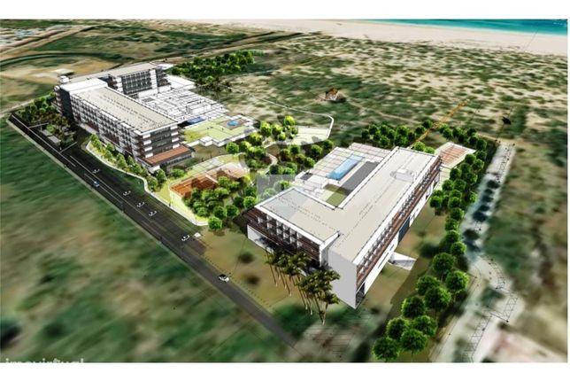 Extraordinário terreno com PIP aprovado para construção de 2 hoteis 4*