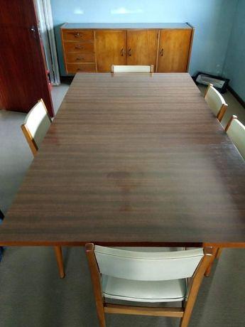 Mesa de jantar ou de cozinha