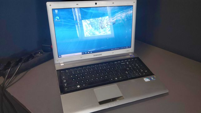 Laptop Samsung RV520 Intel Core i5 2430m 6GB RAM 240GB SSD Win10