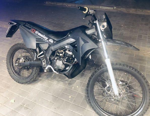 Мото Gilera rcr 50 мотокрос ( эндуро)