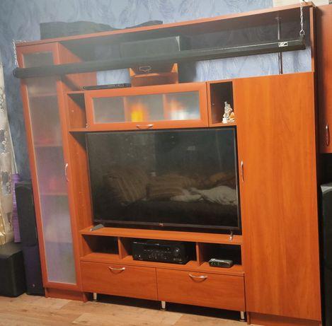 Стенка-горка под телевизор