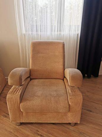 Kanapa dwuosobowa  i fotel