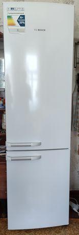 Холодильник двокамерний Bosch