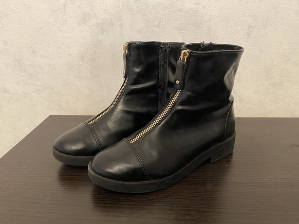 Ботинки сапоги zara 34 размер кожа