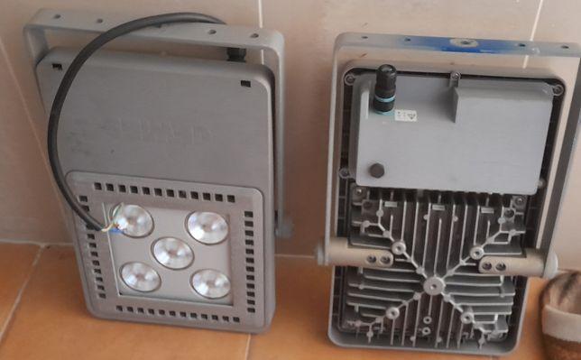 Projectores solares led (10€ CADA)