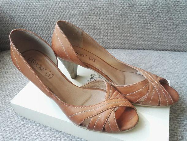 Karmelowe sandały buty Lasocki
