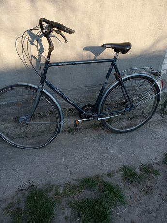 Велосипед,дорожний 28 колеса.