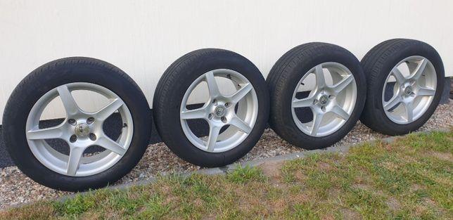 Koła felgi Accord 16 4x114.3 205/55R16 Pirelli Cinturato P7