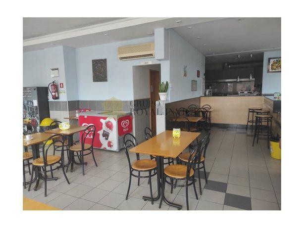 Café para trespasse todo equipado no centro de Gaia próxi...
