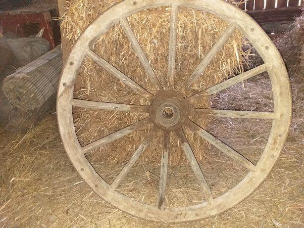 Drewniane koło do wozu