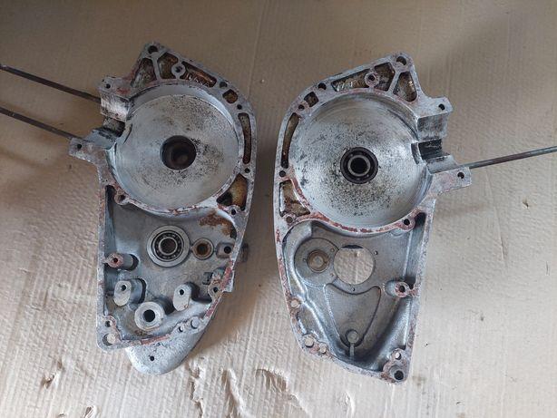 Kartery silnika połówki wsk125 m06 wfm125 stan b.db