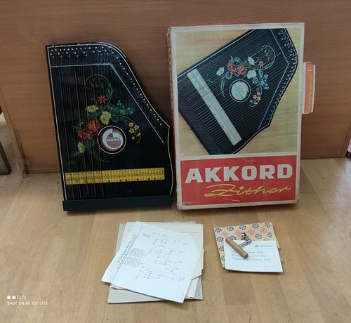 Cytra Akkord Zither Musima