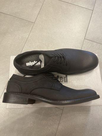 Мужские туфли, оксфорды