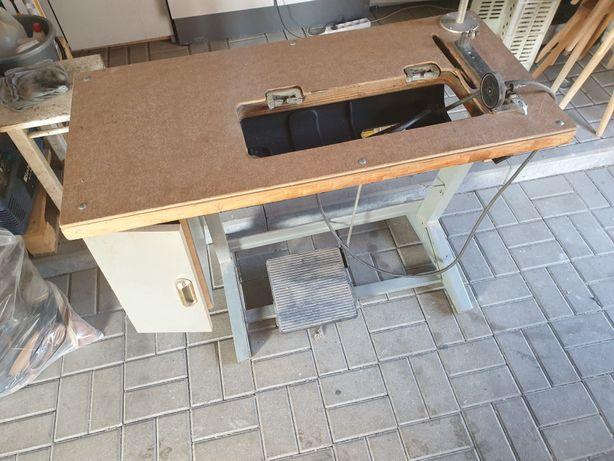 Stół do maszyny do szycia