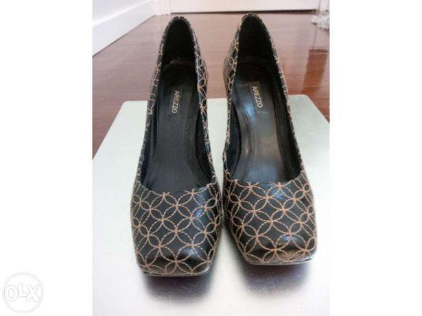 Sapatos Arrezo tamanho 35 Brasil ou 37 europeu