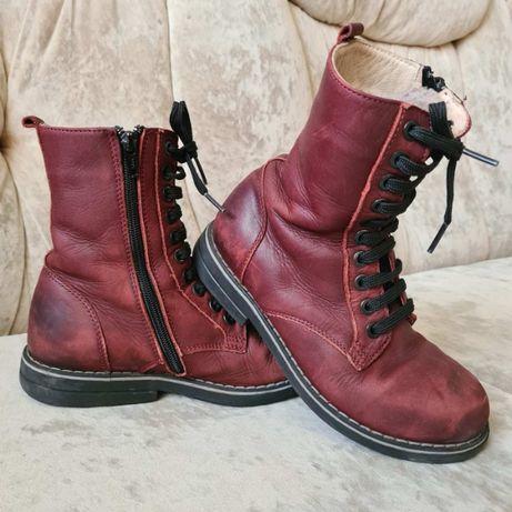 Ботинки зимние на девочку р.32, стелька 22 см,Турция