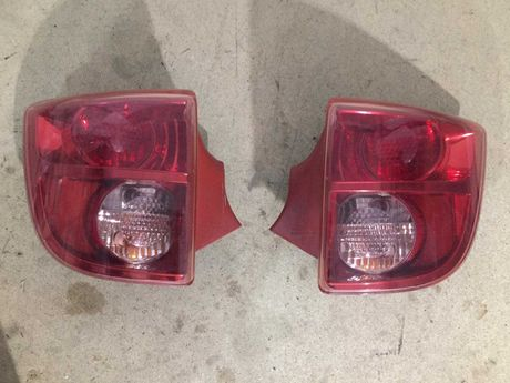 Задние фонари Toyota Celica 2002 2003 2004 2005 2006