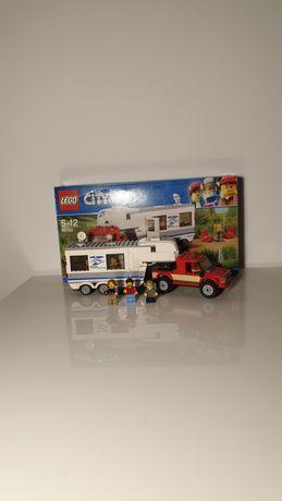 Zestaw lego kamper nr 60182