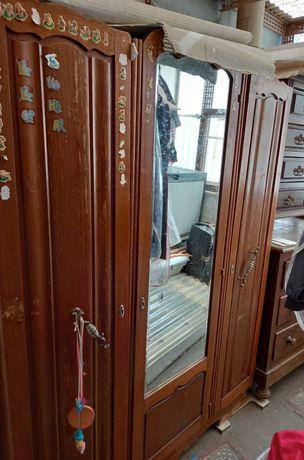 Roupeiro vintage - para restauro