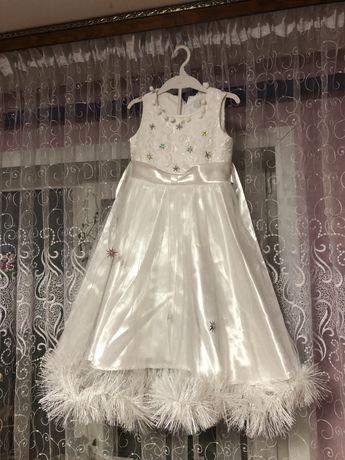 Біле святкове новорічне плаття, новогоднее платье